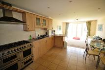 3 bed home to rent in Burford Gardens...