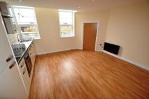 Flat to rent in Grosvenor House, Splott...