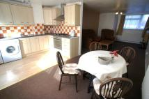 2 bedroom Flat to rent in Colchester Court...