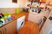 3 bedroom Flat to rent in Glynrhondda Street...