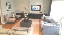 3 bed Penthouse in Boulevard Drive, London...