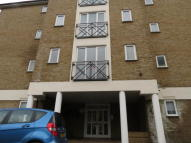 1 bed Ground Flat in Farrow Lane, London, SE14