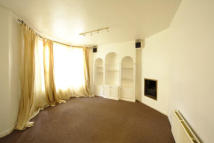 1 bed Apartment to rent in WARWICK ROAD, London, SW5