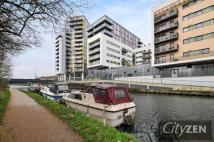 3 bedroom Flat for sale in River Walk Apartments...