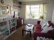 Fortnam Road Flat to rent