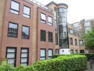 Manor Gardens Flat to rent