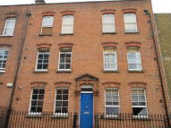Flat to rent in Paget Street, London...