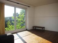 Flat to rent in Lordship Road, London...