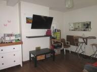 Studio apartment in Lennox Road, London