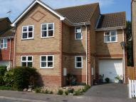 3 bed semi detached property in Drew Lane, Deal, CT14