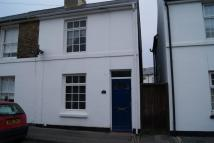 Cottage to rent in Campbell Road, Walmer...