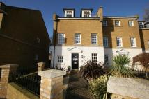 4 bed End of Terrace house in Coventry Gardens, Deal...