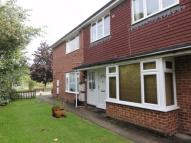 2 bedroom Maisonette to rent in Elmbridge Road...