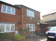 property to rent in New Road, Princes Risborough, Buckinghamshire, HP27 0JJ