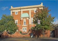 2 bed Apartment to rent in Bramshaw Road, London