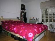1 bedroom Apartment in Victoria Park Road...
