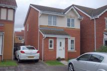 3 bedroom semi detached home to rent in Salters Close...