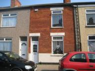 2 bedroom house in Julian Street, Grimsby...