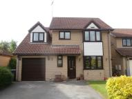 5 bedroom Detached house in Waterside Gardens...