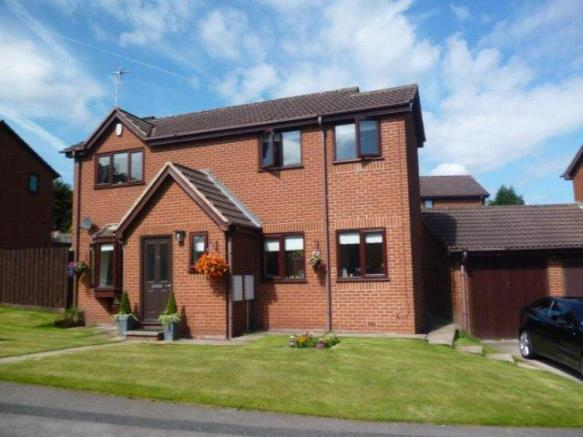 3 Bedroom Detached House For Sale In Ibbetson Oval