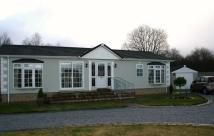 2 bedroom Detached Bungalow in Clayhouse Road, Stepps...