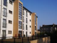2 bed Flat in WHITE CART COURT...