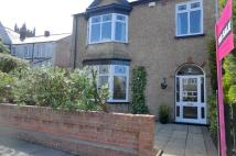 3 bed End of Terrace property in Bristol Avenue...