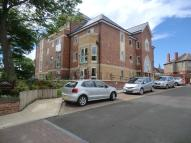 1 bed Ground Flat in Huntcliff Court...