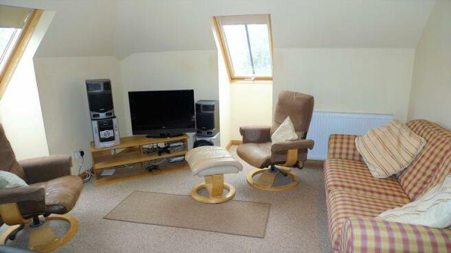 Upper Bedroom ...
