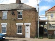 3 bed End of Terrace house in Burnsfield Street...