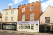 Flat for sale in High Street...