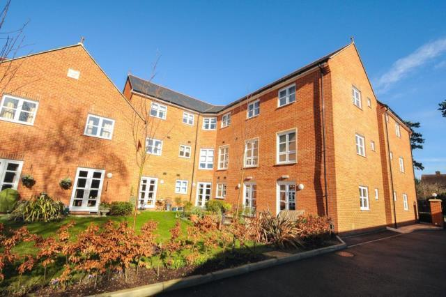 Rear Aspect of Apartments & Communal Gardens