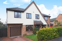 4 bed semi detached home for sale in The Warren, Bracknell...