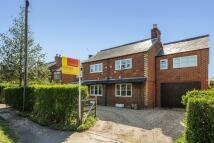 6 bedroom Detached property in Winkfield Row, Berkshire