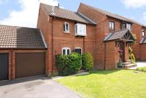 2 bedroom semi detached property in Winkfield Row, Berkshire
