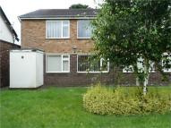 2 bed Flat to rent in Meadowcroft Park...