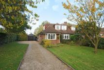 4 bedroom Semi-Detached Bungalow in Orchard Leigh, Chesham