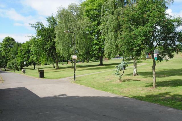 Lowndes Park