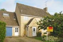 Link Detached House in Shipton-Under-Wychwood...