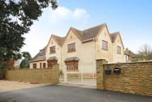 6 bedroom Detached home in Burford Road...