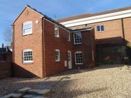 2 bedroom Town House to rent in High Street, Marlborough...