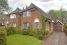 2 bed Detached home in Merland Rise, Epsom...