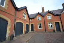 Flat to rent in Longford Stables...