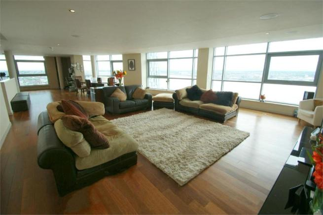 3 Bedroom Apartment For Sale In Beetham Tower 111 Old Hall Street Liverpool L3