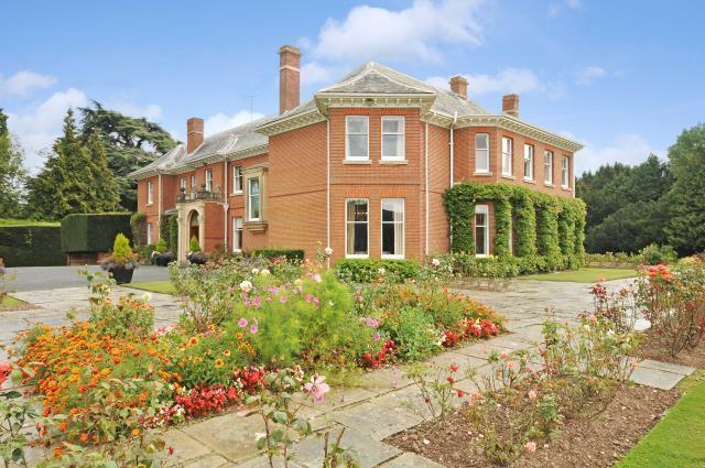 8 Bedroom Detached House For Sale In Letton Hereford Hr3