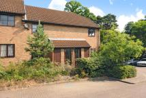 1 bedroom Maisonette for sale in Lightwater, Surrey