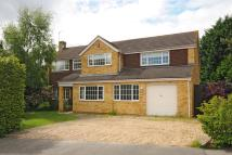 4 bedroom Detached house in Lightwater, Surrey