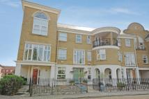 Town House for sale in Deepcut, Surrey