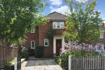 3 bedroom semi detached property in Windlesham, Surrey