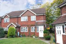 Maisonette in Lightwater, Surrey
